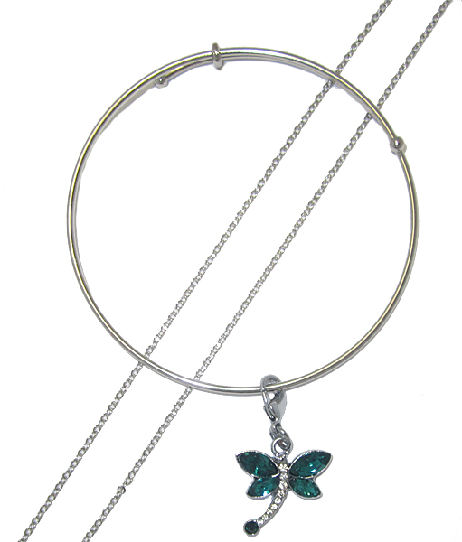 Emerald Green Butterfly Charm on Expndable Bangle